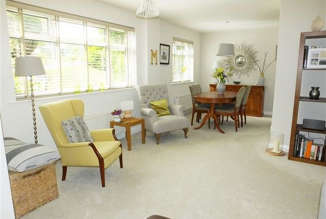 Thumbnail Flat for sale in Hallam Grange Close, Fulwood, Sheffied