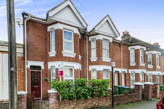 3 bed end terrace house for sale in Malmesbury Road, Shirley, Southampton