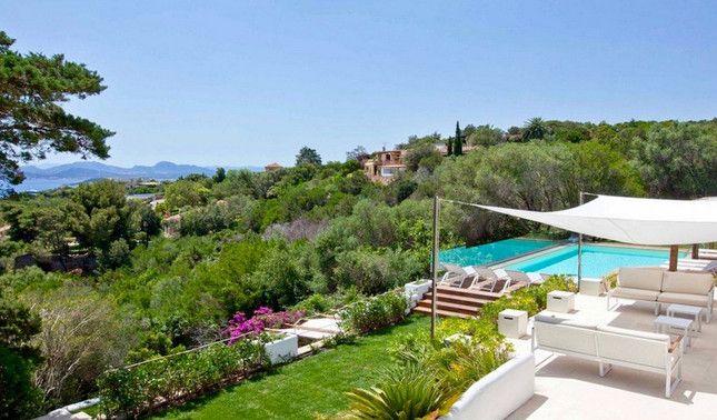 Villa for sale in Porto Cervo Pevero Golf, Sardinia, Italy