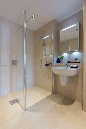 Shower of Cooper's Hill Lane, Englefield Green TW20