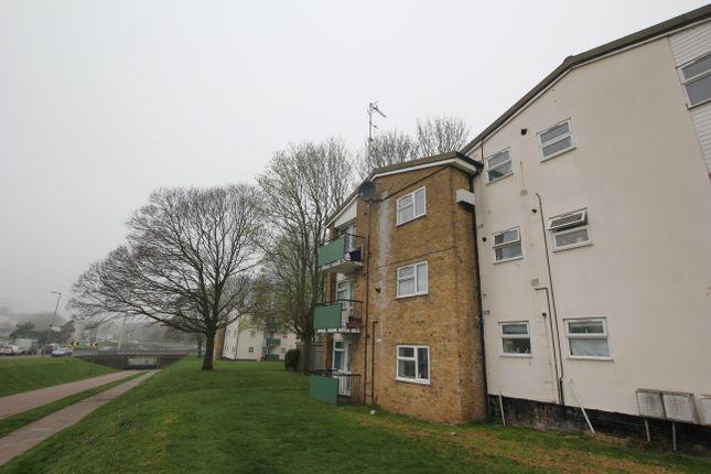 Thumbnail Flat to rent in Penn Road, Stevenage