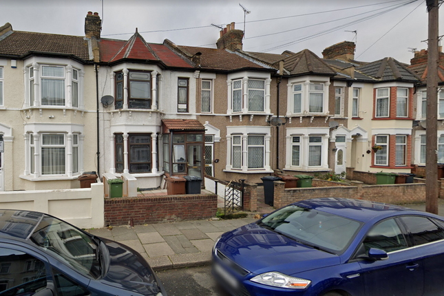 Thumbnail Terraced house to rent in Thorpe Road, Barking