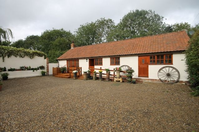 Thumbnail Bungalow for sale in Stonegate, Hunmanby