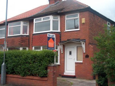 Thumbnail Semi-detached house to rent in Astbury Avenue, Audenshaw, Manchester