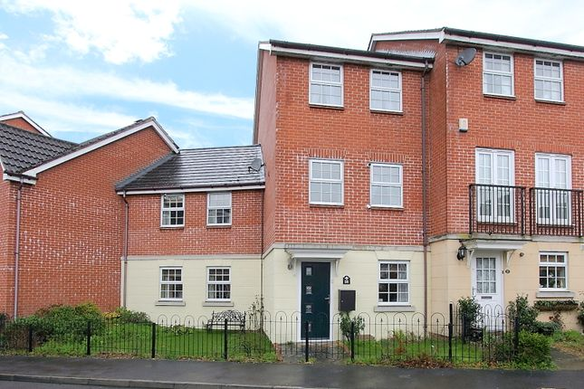 Thumbnail Town house for sale in Honeysuckle Gardens, Andover