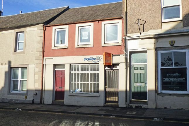 Thumbnail Flat for sale in High Street, Coldstream