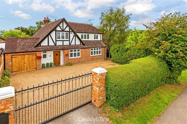 Thumbnail Detached house for sale in Toms Lane, Kings Langley, Hertfordshire