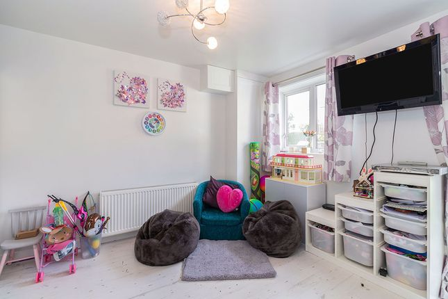 Playroom of Setts Way, Wingerworth, Chesterfield, Derbyshire S42