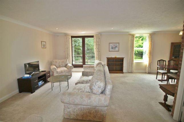 Thumbnail Flat to rent in Clarendon Place, Clarendon Road, Sevenoaks
