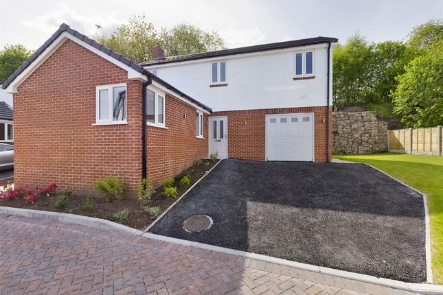 Thumbnail Detached house for sale in Temperance Road, Southsea, Wrexham