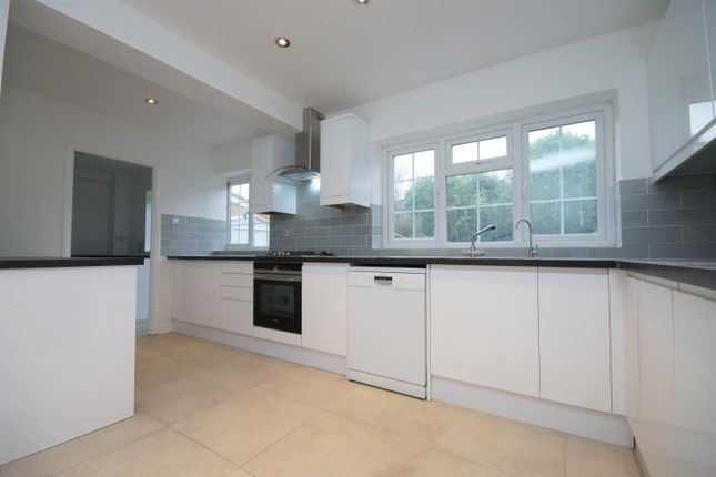 Thumbnail Detached house to rent in Shelley Close, Northwood, Middlesex