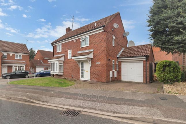 Thumbnail Detached house to rent in Cromer Way, Luton
