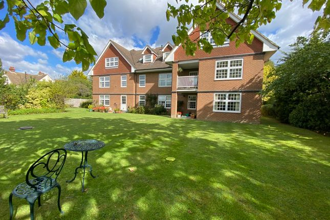 Thumbnail Flat for sale in Frensham Road, Farnham, Surrey