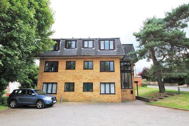 Flat to rent in Hillingdon Avenue, Sevenoaks
