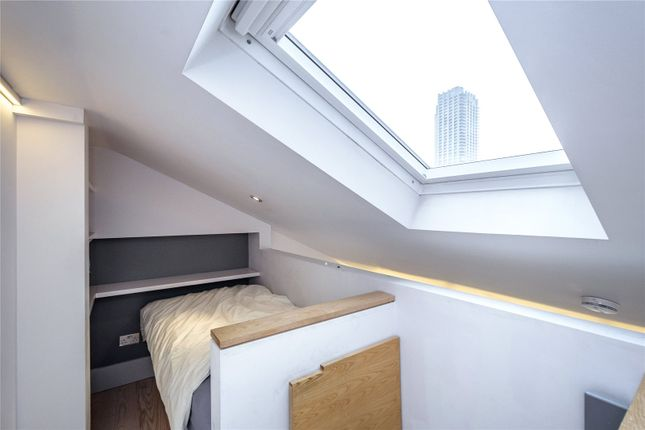 Picture 10 of Monkwell Square, London EC2Y