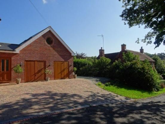 Thumbnail Cottage to rent in Grange Road, Solihull