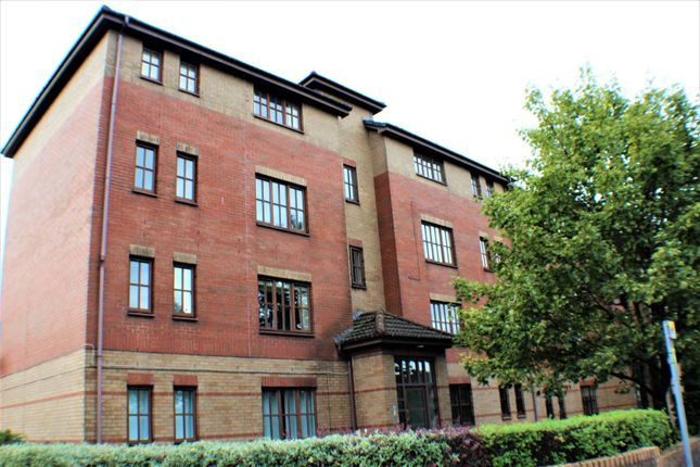 Thumbnail Flat for sale in Dumbarton Road, Glasgow
