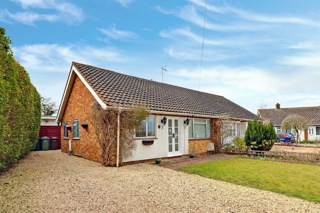 Thumbnail Bungalow For Sale In Plough Corner, Sydenham, Chinnor