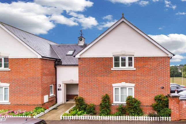 Thumbnail Semi-detached house for sale in The Uplands, Loughton