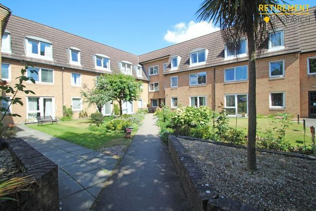 1 bedroom flat for sale in Homepoint House, Southampton