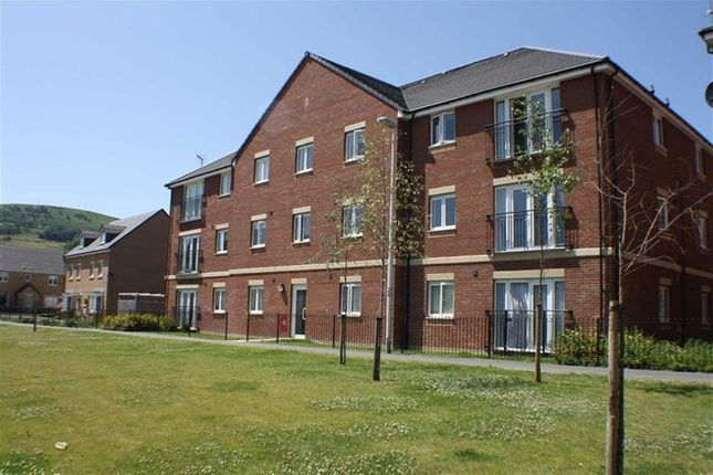 Flat for sale in Cae Alaw Goch, Cwmbach, Aberdare