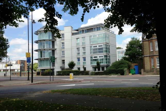 Thumbnail Flat to rent in Wandsworth Common, London