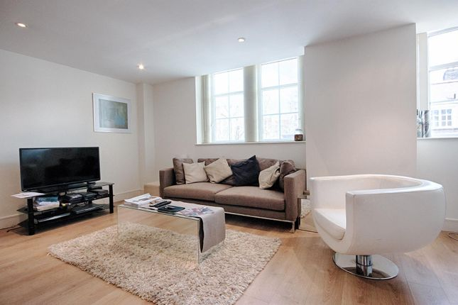 2 bed flat to rent in Romney House, 47 Marsham Street, London