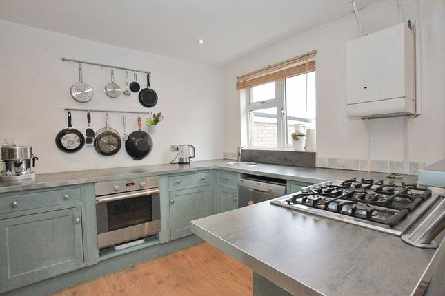 Thumbnail Terraced house for sale in Torquay Crescent, Stevenage
