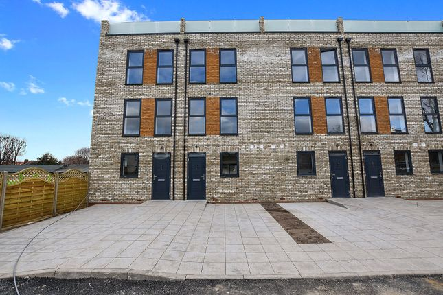 Thumbnail Property for sale in Camfrey Court, 2A Priory Road, Crouch End, London