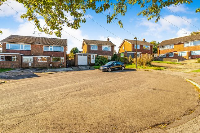 Thumbnail Detached house for sale in Springfield Close, Crowborough