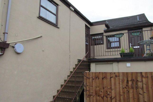 Thumbnail Flat to rent in Beacon Road, Billinge, Nr Wigan