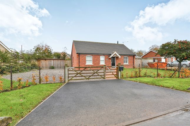 Thumbnail Detached bungalow for sale in Hardingham Road, Hingham, Norwich