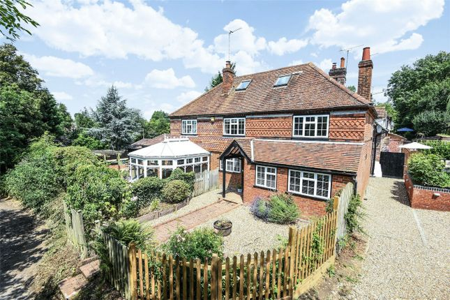 Thumbnail Detached house for sale in Tylers Hill Road, Botley, Chesham, Buckinghamshire