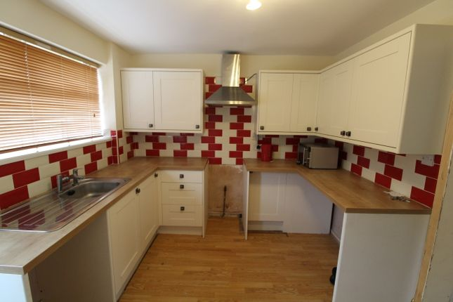 Thumbnail Semi-detached house to rent in Spenser Walk, South Shields