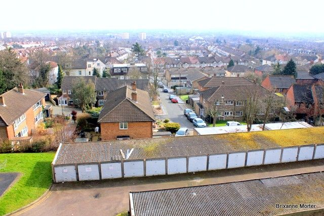 Flat for sale in Pierrepoint, 19 Ross Road, South Norwood