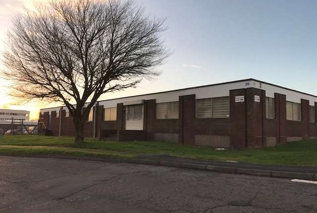 Thumbnail Commercial property to let in Crossgate Road, Redditch, Worcestershire