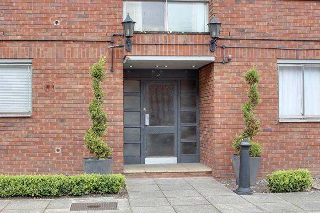 Thumbnail Flat to rent in Tavistock Road, Croydon