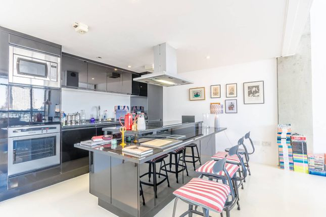 Thumbnail Flat to rent in Wenlock Road, Islington, London