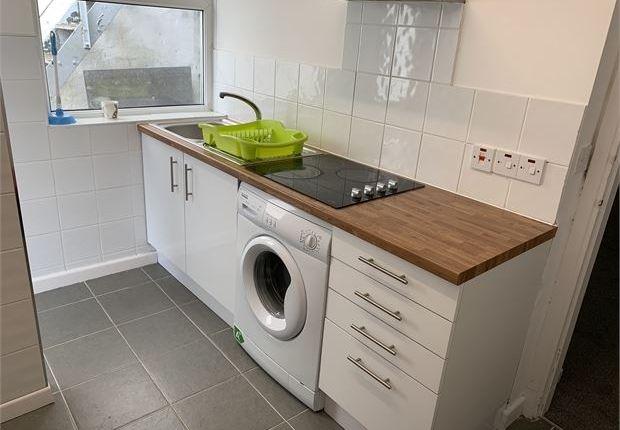 Flat to rent in Brunswick Street, Swansea