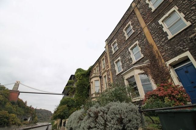 Thumbnail Flat to rent in Hotwell Road, Hotwells