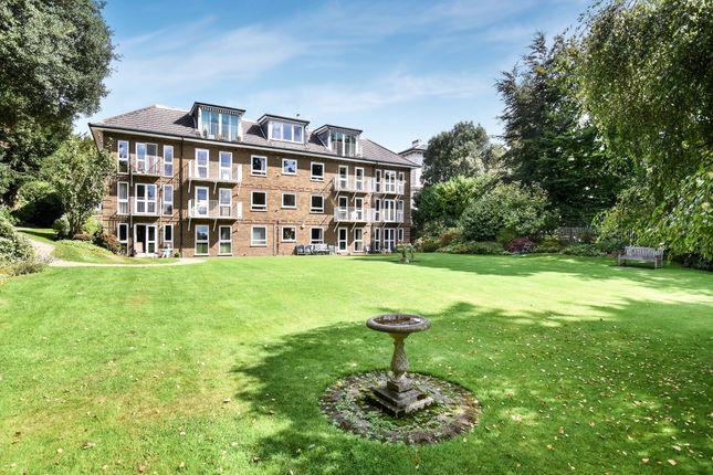 Flat to rent in Victoria Villas, Calverley Street, Tunbridge Wells