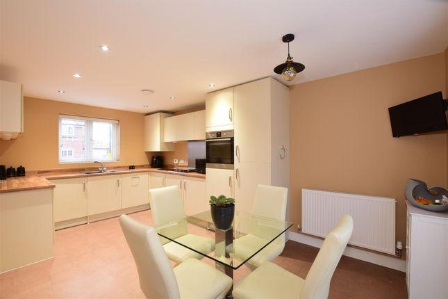 Thumbnail Semi-detached house to rent in Pengelly Gardens, Littlehampton