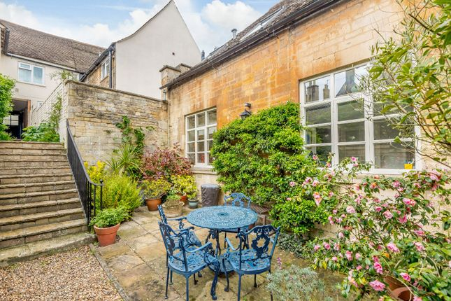 Thumbnail Property for sale in St. Marys Street, Stamford, Lincolnshire