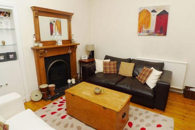 Lounge of Ava Street, Kirkcaldy KY1