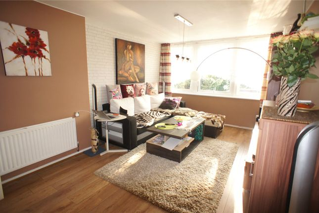 Thumbnail Maisonette for sale in Macaulay Way, Thamesmead