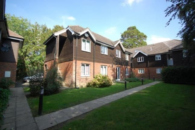 Thumbnail Flat for sale in Westmoreland Court, New Town, Uckfield, East Sussex
