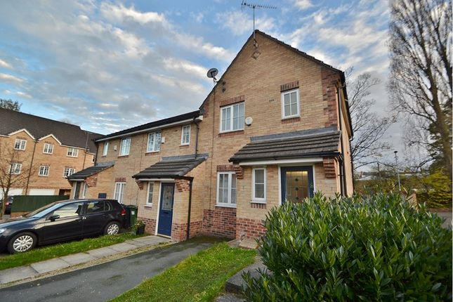 Thumbnail Town house to rent in Brandon Way Crescent, Leeds