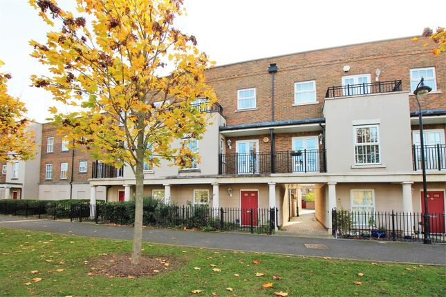 Thumbnail Terraced house for sale in Liverymen Walk, Greenhithe