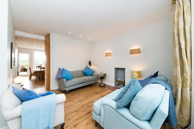 1 bed flat for sale in Ladbroke Square, London