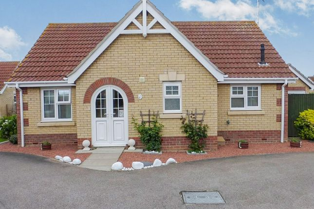Thumbnail Detached bungalow for sale in Foxglove Way, March